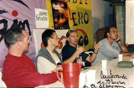 Pablo Lopez, Xebi Bonet, Jimy Pacher y Andy Hediguer. Durante el Primer Mistic Tour (Octubre 2000), los mejores Pilotos del momento Volcando sus conocimientos a una audiencia de mas de 80 almas voladoras.